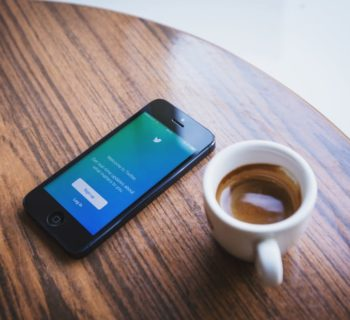Twitter: 140 caratteri tra live tweeting e chatbot