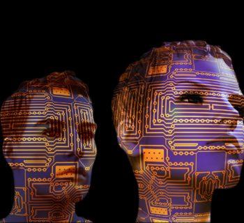 La tecnologia sta cambiando la nostra vita quotidiana: AI, VR e AR.