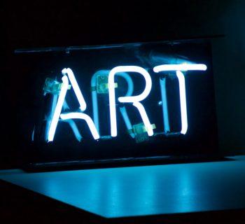 Interpretare e raccontare l'arte